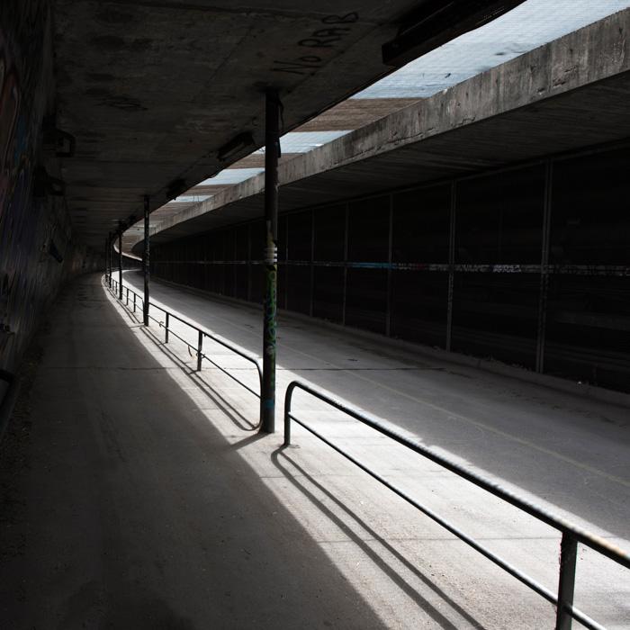 04-Gilbert Jaksic-Le tunnel-Arles